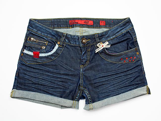 Jeansshorts verzieren