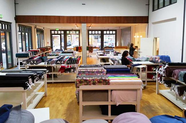 f r dich entdeckt die sch nsten stoffl den in berlin. Black Bedroom Furniture Sets. Home Design Ideas