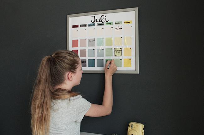 Kalender aus bilderrahmen diy fertig