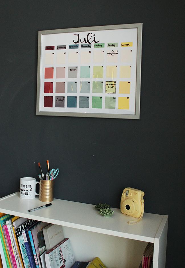 Kalender aus bilderrahmen diy fertig hoch