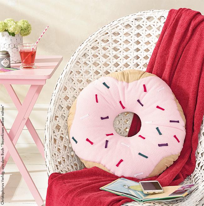 Donut kissen selber nähen ganz