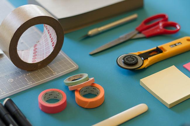 10 wichtige tipps nähanfänger schneiderwerkzeug jo szczepanska unsplash