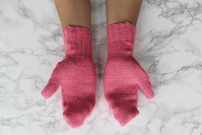 Upcycling handschuhe aus altem pulli nähen final